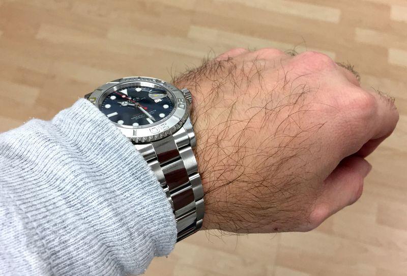 Wristshot Bilder von Rolex Yachtmaster Uhren Stahl, Platin